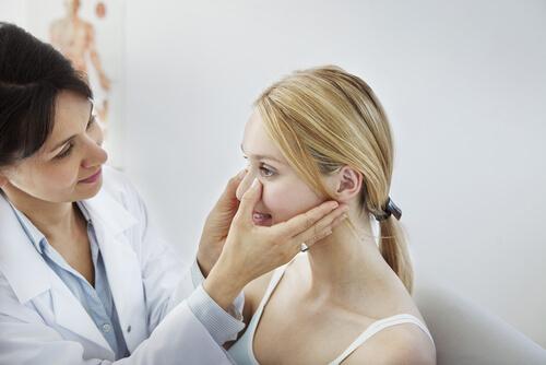 Основные симптомы синусита