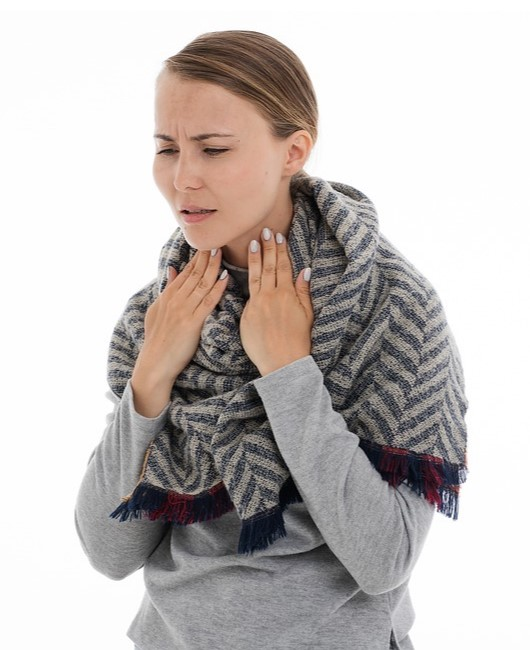 Когда першит или болит горло